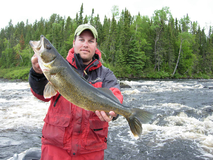 quebec fishing lodges resorts and outfitters fishing in On quebec fishing lodges